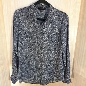 Banana Republic floral silky blouse. Size medium